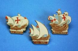 3 PIN'S // ** BATEAUX DE CHRISTOPHE COLOMB / LA PINTA Santa Clara / LA NIÑA Santa Anna / LA SANTA-MARIA ** . (Artimon) - Barcos
