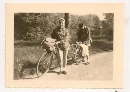 1954 PHOTO  COUPLE ET SON TANDEM / ENTRE MONTIGNAC ET LES EYZIES / VELO   B1043 - Ciclismo