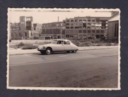 Photo Originale Vintage Snapshot  Voiture Citroen DS Berlin Avant La Construction Du Mur - Automobiles