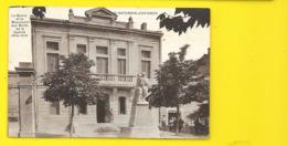 St SATURNIN D'AVIGNON Mairie Et Monument Aux Morts (Nitard) Vaucluse (84) - Autres Communes