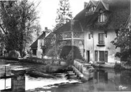 FOURGES - Hostellerie Du Moulin à Eau - Le Déversoir - Fourges