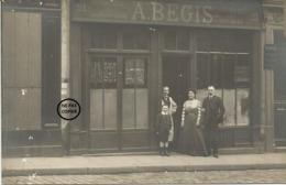 PARIS. 11ème. CARTE PHOTO. Devanture Du Magasin D' Ameublement BEGIS, 21 Rue Saint Sabin. - District 11