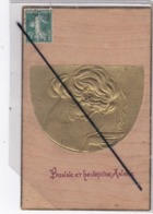 Bonne Et Heureuse Année-carte En Bois Avec Ajout Gaufré ,visage De Femme Avec Lampe D'Aladin - Neujahr