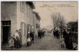 CPA   LA FLACHERE  -  Entrée Du Village  -  La Gare Du Tramway - France