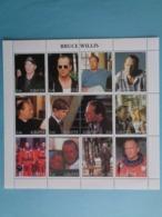 ADIGEY 2000 -  BLOC 12 TIMBRES - BRUCE WILLIS - Caucasia