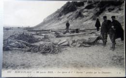 """CPA BERCK-PLAGE --20 JANVIER 1914--LES EPAVES DE L' """"HANNA """" GARDE PAR LES DOUANIERS. - Berck"""