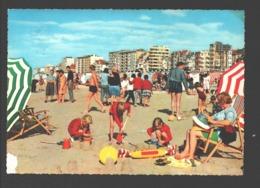 De Panne - Strand En Dijk - Geanimeerd - Spelende Kinderen - De Panne