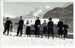 Carte Photo. Kandersteg. Foto  Osk.Hari. Groupe De Skieurs. Suisse. - BE Bern