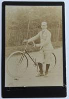 Ancienne Photographie Cycliste Sur Vélo Ancien Photographe Jules David 90 Rue De Courcelles Levallois Paris - Ciclismo