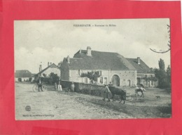 CPA - Pierrfaite  - Fontaine Du Milieu - France