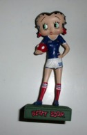 Figurine Betty Boop N°13 : Footballeuse - Figurines