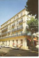 VICHY - Hôtel De La Cloche D'Argent - Voiture : Citroen DS - Vichy
