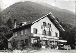 LA BATHIE - Hôtel Restaurant - Voiture : Citroen DS - Otros Municipios