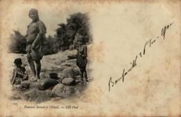Algérie - Femme Lavant à L'Oued - Women
