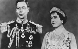 FAMILLE ROYALE D ANGLETERRE - LE ROI ET LA REINE - Familias Reales