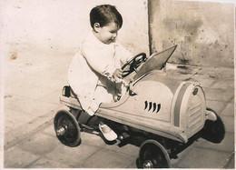 AUTOMOBILE VOITURE CAR - BUGATTI Toy Pedal Car & Baby - Photo Snapshot 1940' - Automobiles