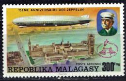 Madagaskar - Mi-Nr 788 Postfrisch / MNH ** (B1376) - Zeppelins
