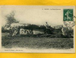 49B17 - BAUGE - Dolmen De La Pierre Couverte - Autres Communes