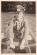 Foto Deutscher Soldat In Ruderboot -  2. WK - 7,5*5cm (44188) - Krieg, Militär