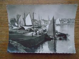 """Concarneau , Thoniers Au Port """" Carte Animée """" - Concarneau"""
