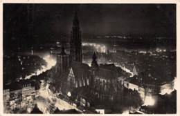 """ANTWERPEN - Nachtzicht Van De Hoofdkerk En De Schelde Genomen Van """"Panorama Torengebouw"""" - Antwerpen"""