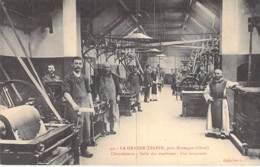 INDUSTRIE Usine - 61 - LA GRANDE TRAPPE Près MORTAGNE Chocolaterie - Salle Marchines Broyeuse - CPA - Orne METIERS - Industry