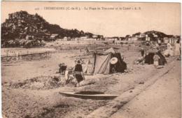 3XO 27 CPA - TREBEURDEN - LA PLAGE DES TRESMEUR ET LE CASTEL - Trébeurden