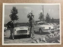 Old Photo. Vintage /Old Car,cars/Automobile/Woman/Girls Size 9.5./5.5 Cm - Automobili