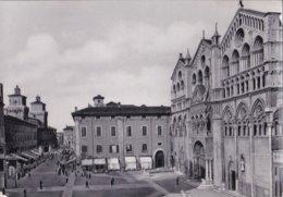FERRARA                              Place De La Cathedrale - Ferrara