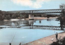 Le MANOIR - Les Bords De La Seine - Pont Métallique - Pêcheurs à La Ligne - Le Manoir