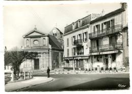 ORSAY Une Vue De L'Eglise - Orsay