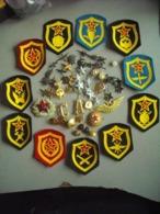 Lot Patchs D'armée De L'URSS - Ecussons Tissu