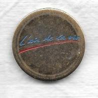Jeton De Caddie  L' Air  De  La  Vie  à  CARITAS, ALSACE  Recto  Verso - Munten Van Winkelkarretjes
