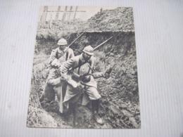 Fiche Photo - Document - Dossier 185 Guerre 14/18 - No 9. Dans Les Tranchées Transport D'un Blessé - 1914-18