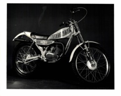YAMAHA  +-20cm X 13cm  Moto MOTOCROSS MOTORCYCLE Douglas J Jackson Archive Of Motorcycles - Fotos