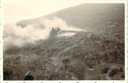 Photo Militaria - Guerre D'Algérie, Fumée De Bombardement Ou Largage - Guerra, Militares