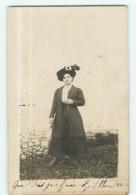 VARCES  ALLIERES Et RISSET - CARTE PHOTO Adressée à Mell Jeanne TRUC Couturière Diplômée à Varces - 2 Scans - Vienne