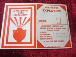 ÉTIQUETTE TORCHE BONBONNE A DOUBLE CADRE MANIPULER PRÉCAUTION SUBSTANCE EXPLOSIVE-CHARGEMENT INTERDIT AV BOMBE-MILITARIA - Documents