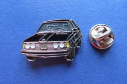 Pin's,voiture,Auto,BMW,noir - BMW