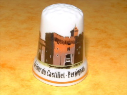 Dé A Coudre En Porcelaine PERPIGNAN La Tour Du Castillet - C15 - Ditali Da Cucito