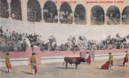 GIBRALTAR - BULL FIGHTING - IGUALANDO PARA A MATAR ~ AN OLD POSTCARD #969132 - Gibraltar