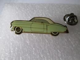PIN'S      CADILLAC  CONVERTIBLE 1951 - Pin