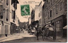 BAYONNE - La Rue Maubec - Bayonne