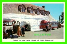 MT. RAINIER, WA - PARADISE INN SNOW TUNNEL ENTRANCE - ANIMATED PEOPLES & OLD BUS - RAINIER NATIONAL PARK CO - - Autres