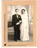 Couple De Mariés Anonymes - Personnes Anonymes