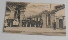 88 - Saint Dié - Caserne Chérin - ( 10 E Bataillon De Chasseurs à Pied ) :::::: Militaires - Soldats   ------------ 511 - Saint Die