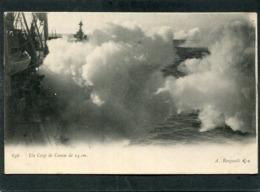 CPA - MARINE - Un Coup De Canon De 14 Cm  (dos Non Divisé) - Krieg