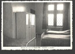 Saint-Ode - Maison De Cure De Sainte-Ode - Chambre à Coucher - Sainte-Ode
