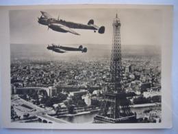 Avion / Airplane / DEUTSCHE LUFTWAFFE / Messerschmitt ME 110 / Ober Paris - 1939-1945: 2ème Guerre