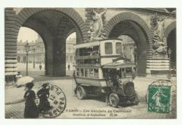 Cpa  PARIS , Les Guichets Du Carrousel , Station D'Autobus - Transport Urbain En Surface
